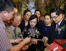 """Sâm """"Quốc bảo"""" hàng trăm triệu đồng và hàng loạt dược liệu quý được trưng bày ngay tại Hà Nội"""