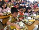 Hà Nội: Trường mua máy test, chủ động nhắn phụ huynh kiểm tra thực phẩm mùa dịch