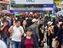 Hàng nghìn người chen nhau mua tour du lịch giá rẻ tại Hà Nội