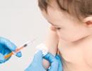 4 bước giúp bé không đau khi tiêm