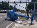 Khoảnh khắc trực thăng Mỹ rơi, văng cánh quạt làm người đi đường thiệt mạng