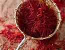 Thị trường Saffron xách tay: Loạn giá, chất lượng mập mờ