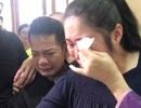 Minh Nhí, Hồng Vân khóc nức nở khi khi trang điểm cho Anh Vũ lần cuối