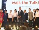 Thủ tướng Hà Lan - Việt Nam cùng xem diễn thời trang