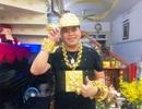 Phúc XO khai đeo vàng giả trên người, xe ngũ quý cũng biển giả