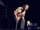 Nam diễn viên hài nói đùa về cơn đột quỵ... qua đời ngay trên sân khấu