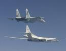 """Nga phô diễn sức mạnh quân sự """"dằn mặt"""" tập trận của NATO"""