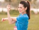 Tái xuất sau khi sinh quý tử, Á hậu Tú Anh tham gia giải chạy