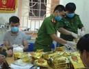 Các bao tải ven đường chứa gần 1 tấn ma túy đá, công an bắt giữ 3 đối tượng