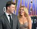 Scarlett Johansson hạnh phúc bên bồ điển trai