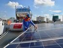 """Dân TPHCM hào hứng với điện mặt trời nhưng vẫn sợ... thiết bị """"dỏm"""""""