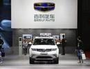"""Doanh nghiệp ô tô thế giới rục rịch khởi động lại nhưng Trung Quốc vẫn """"bình chân như vại"""""""