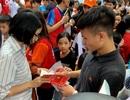 Quang Hải, Bùi Tiến Dũng, Đoàn Văn Hậu tặng sách truyền cảm hứng Hạt Giống Tâm Hồn