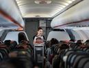Trao trả hơn 200 triệu đồng cho khách bỏ quên trên máy bay