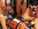 Cứu thuyền viên Myanmar bị nạn ngoài khơi Nha Trang