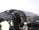 Máy bay Nga nằm trơ khung cháy đen tại hiện trường tai nạn