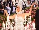 Katy Perry mặc đèn chùm dự Met gala