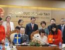 Việt Nam: Ký kết biên bản ghi nhớ thúc đẩy quan hệ hợp tác về đào tạo ngoại ngữ