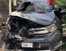 Honda CR-V bốc cháy giữa trưa nắng