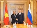 Thủ tướng Nguyễn Xuân Phúc hội kiến Chủ tịch Duma và Chủ tịch Hội đồng Liên bang Nga