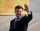Vừa nhậm chức, tân Tổng thống Ukraine đối mặt với nguy cơ bị kiện