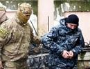 """Tòa quốc tế yêu cầu thả thủy thủ và tàu Ukraine, Nga """"phản pháo"""""""