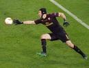 Để thủng lưới 4 bàn, Petr Cech vẫn được ngợi ca hết lời
