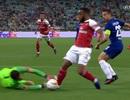 Tranh cãi nảy lửa về tình huống Arsenal mất quả phạt đền