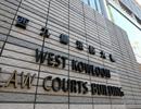Ra tòa vì sờ ngực nữ giúp việc để kiểm tra bệnh mồ hôi
