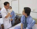 Nam thanh niên Hà Nội choáng váng tưởng răng khôn, hóa khối nang đến  5cm trong miệng