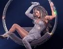Jennifer Lopez khoe dáng rực lửa trên sân khấu