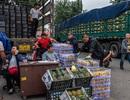 Giá thực phẩm leo thang, dân Trung Quốc lao đao trong những ngày thương chiến