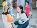 Quỳnh Anh cùng top 5 Hoa Hậu giản dị thăm các em nhỏ tại chùa Diêu Pháp