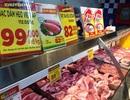"""TPHCM: Nhiều siêu thị đồng loạt giảm giá thịt heo giữa """"bão táp"""" dịch tả"""