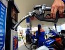 Xăng dầu đồng loạt giảm giá mạnh kể từ chiều nay