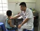 Hà Nội: Nghịch ngợm nhảy xuống bể bơi, bé trai 5 tuổi đuối nước