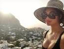 Nicole Scherzinger khoe ngực khủng với áo gợi cảm