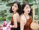 Cặp chị em sinh đôi ở Yên Bái quyến rũ trong bộ ảnh sen