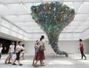 """Choáng ngợp với """"lốc xoáy"""" khổng lồ từ nylon, ống hút, rác thải nhựa"""