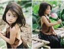 Bé gái Bắc Ninh xinh như thiên thần bên hoa sen