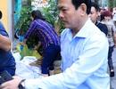 """Nguyễn Hữu Linh """"ẩn"""" trong nhà vệ sinh khi đến tòa"""