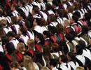 Anh:Mức lương sinh viên tốt nghiệp chênh lệnh lớn theo từng trường