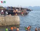 Gặp dòng chảy xa bờ khi tắm biển, 2 du khách đuối nước