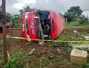 Tai nạn liên hoàn, xe khách lật nghiêng, 3 người thương vong