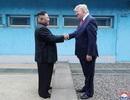 """Cuộc gặp Trump - Kim: Cái bắt tay lịch sử tại """"tượng đài"""" của sự chia cắt"""