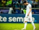 """Không """"đầu hàng"""", Messi tiếp tục gắn bó với đội tuyển Argentina"""