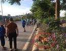 Hà Nội: Phát hiện nữ lao công nghi bị tai nạn tử vong bên đường cùng dòng chữ lạ