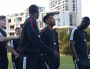Pogba và Lingard tranh cãi nảy lửa khi đi du đấu