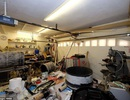 """Ngôi nhà vô chủ không có mái với một """"núi rác"""" được bán trên thị trường với giá gần 9 tỉ đồng"""