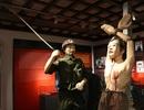 Gông cùm, đòn tra tấn chiến sĩ cách mạng thời chiến tranh